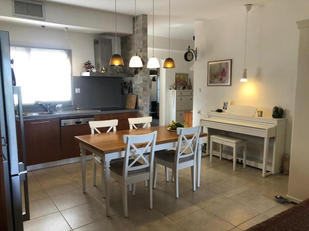 דירת 5 חדרים במרכז העיר עם נגישות מלאה להכל